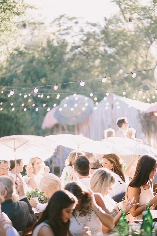 Outdoor wedding checklist - parasols