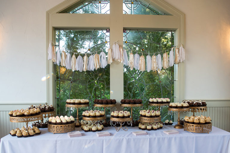 Inn at Oneonta - Wedding Cupcakes