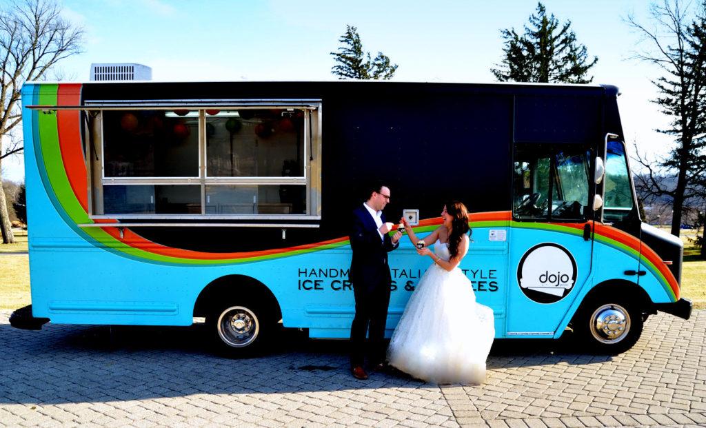 budget-friendly wedding desserts - Cincinnati Wedding Plannings