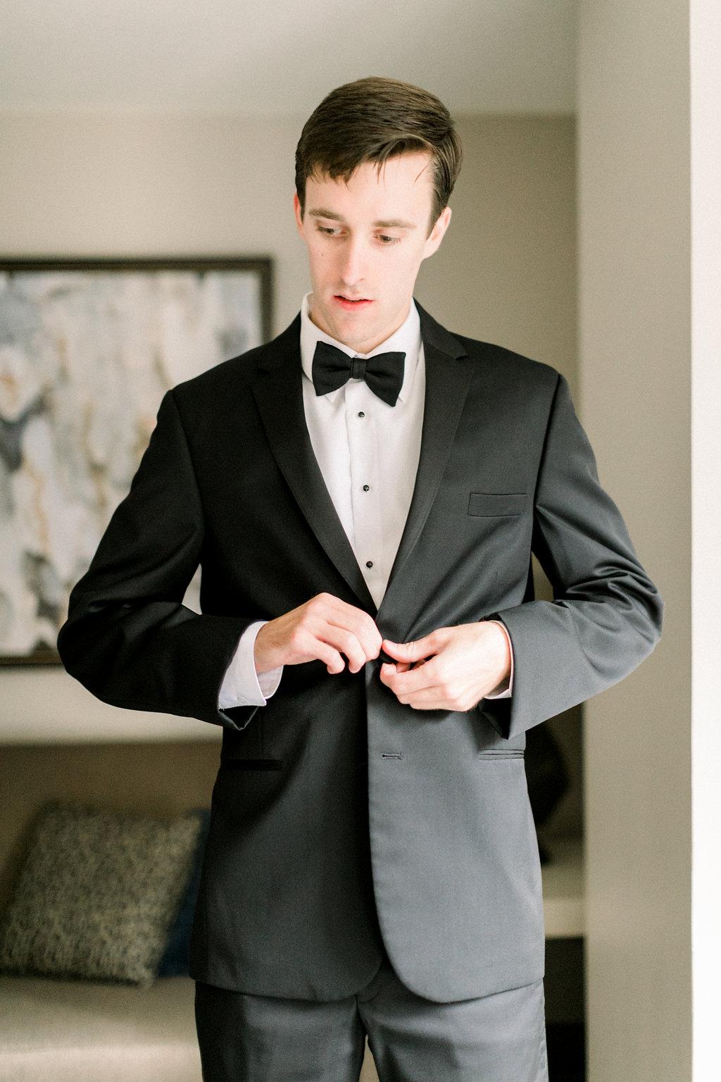 Ault Park Wedding - Cincinnati Groom