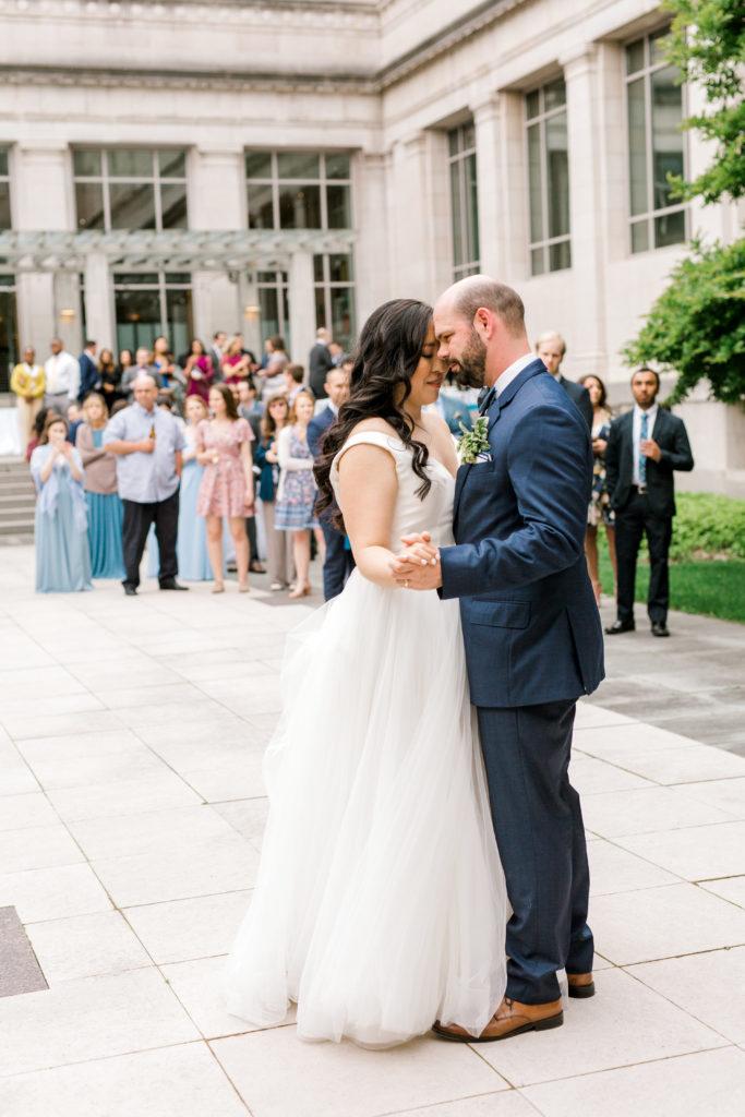 Cincinnati Wedding Planner